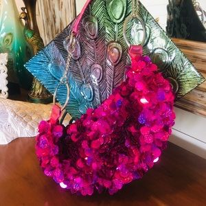 Handbags - NWOT Hot pink fuchsia hologram sequins purse